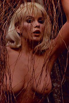 Красивая Стелла Стивенс снялась голой в журнале Playboy, Январь 1968