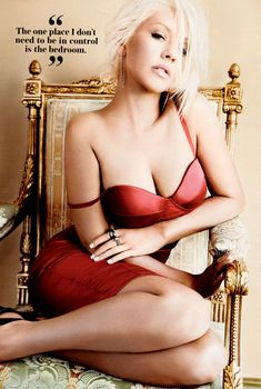 Секси Кристина Агилера  в журнале Maxim, Октябрь 2013