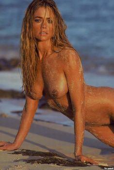 Обнаженная Дениз Ричардс  в журнале Playboy, Декабрь 2004