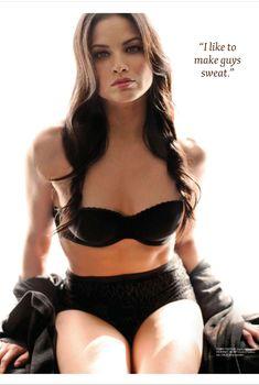 Сексуальная Катрина Ло снялась в белье в журнале Maxim, Январь 2012