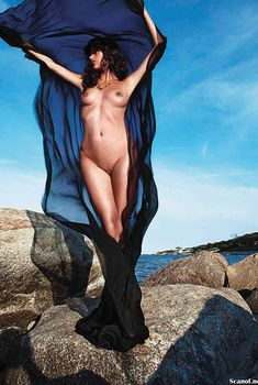 Пас де ла Уэрта разделась для журнала Playboy, Октябрь 2013