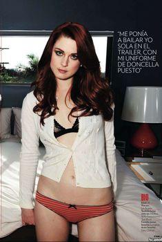 Заманчивая Александра Брекенридж на эротических фото в журнале FHM, Май 2012