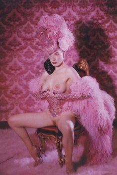 Дита Фон Тиз оголилась  в журнале Playboy, Октябрь 2002