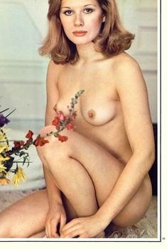 Красавица Доминик Санда снялась голой в журнале Playboy, Март 1972