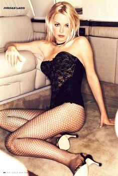 Сексуальная Джордан Лэдд снялась в белье в журнале Die Girls Von FHM, 2002