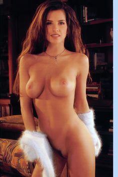 Келли Монако разделась  в журнале Playboys Playmate Test, Ноябрь 1998