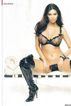 Горячая Тера Патрик в эротической фотосессии для журнала CKM, Апрель 2009