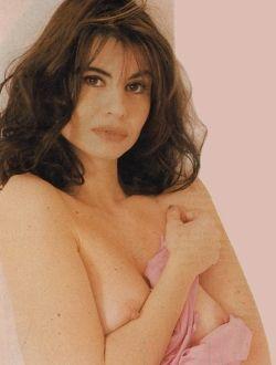 Голая Франческа Нунци