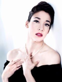 Голая Мэйко Нгуйен