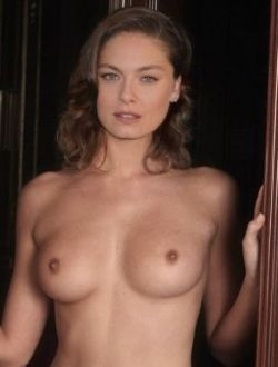alexa-davalos-models-nude-big-tits-titor-movie