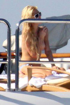 free paris hilton nude pictures  101169