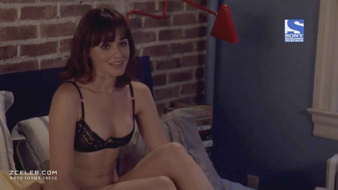 alexis bledel fake nude pics  21287
